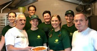 LGV-Team-kocht-fuer-Obdachlosenquartier-Wiener-Gruft