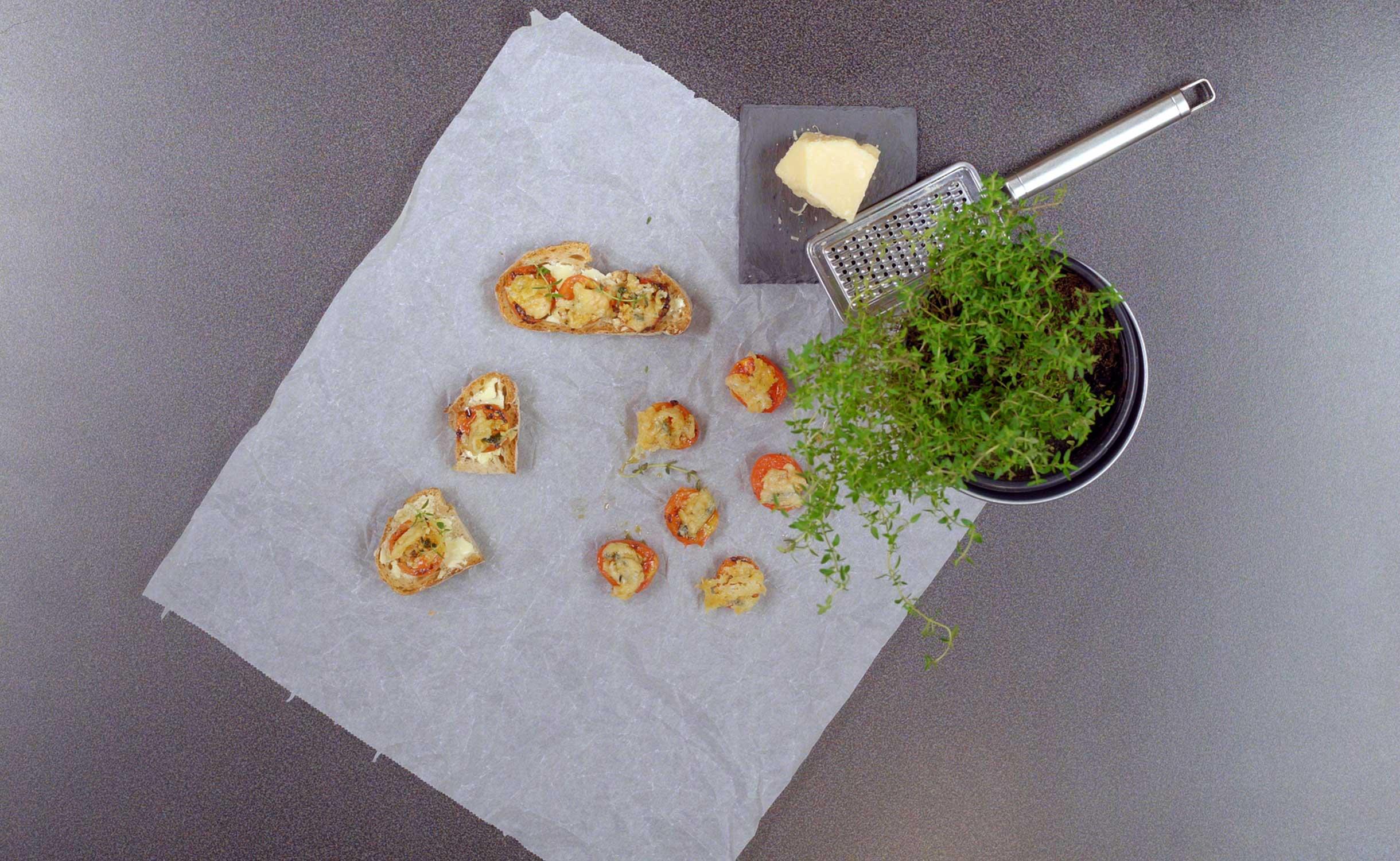 Gegrillte Tomaten mit Knoblauch